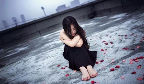 爱燃情感:一次同学聚会,毁了我20年的婚姻