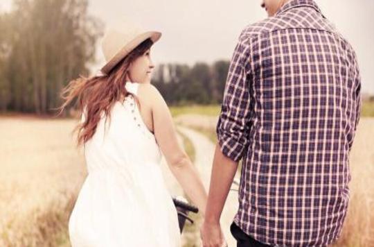 发现老公出轨养小三,作为女人应该怎么办?